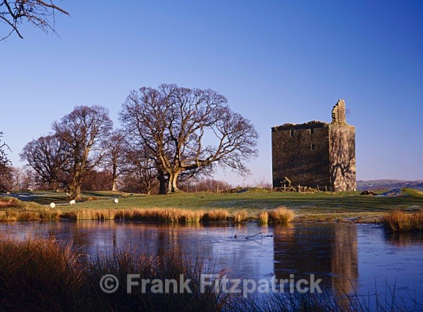 Barr castle, Lochwinnoch, Renfrewshire. - Scotlands Castles