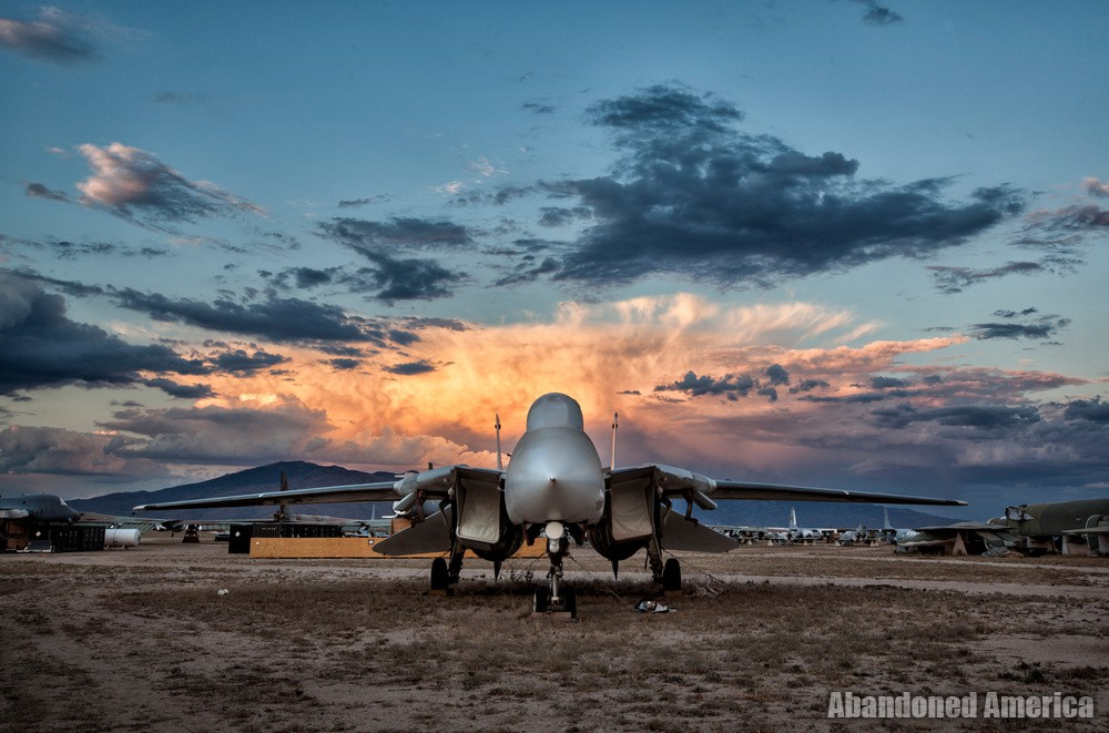 F-14 at Aerospace Reclamation and Maintenance Group, Tucson AZ - Matthew Christopher Murray's Abandoned America