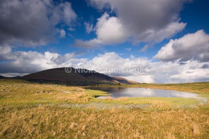 Cumbria21 - Tewet Tarn towards Blencathra - Lake District National Park