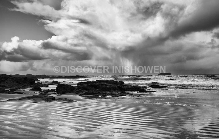 Vertical explosion - Inishowen peninsula- B&W