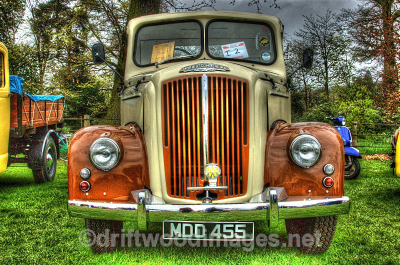 Morris Commercial lorry HDR reduced - High Dynamic Range pictures