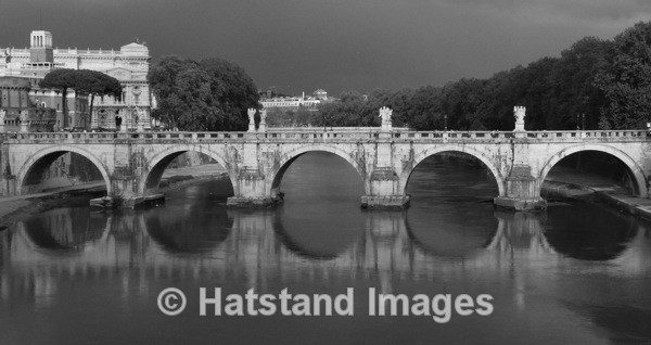 Ponte Sant' Angelo, Roma - places