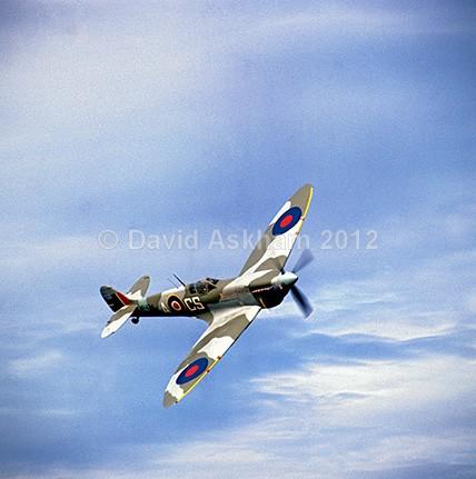 Spitfire Mk IX - Aircraft