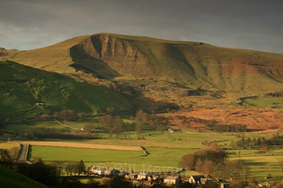 Mam Tor Hillfort - Ancient Peakland