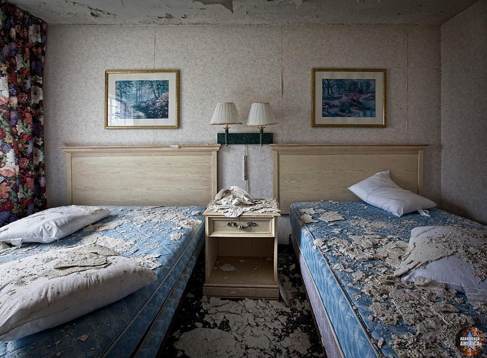 Fallside Hotel (Niagara Falls, NY)   Abandoned America