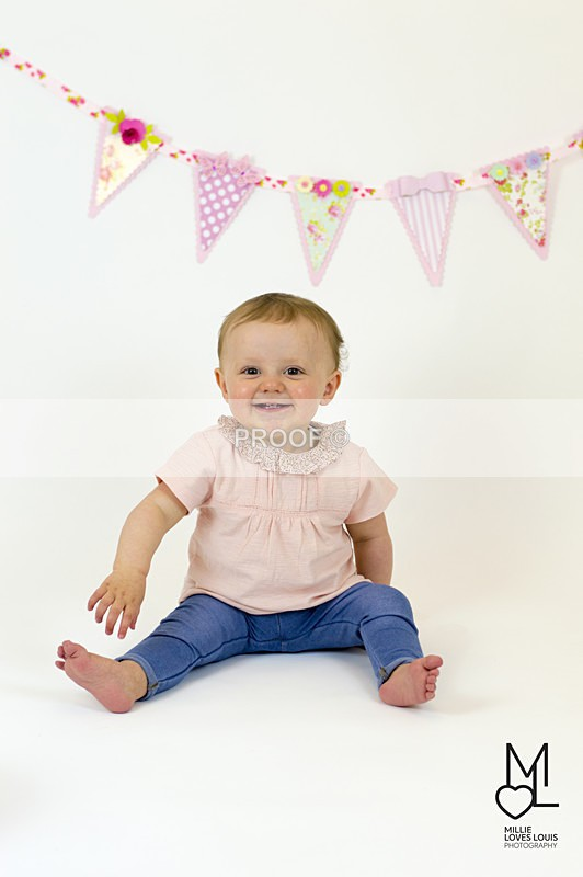 Ellas 1st Birthday Photoshoot 18th June 2016 Millie Loves Louis Photog - Family Photoshoots
