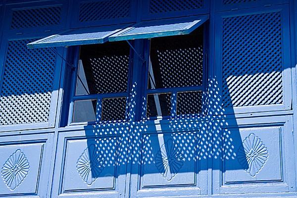 Sidi Bou Said - window shutter - Tunis, Carthage and Sidu Bou Said