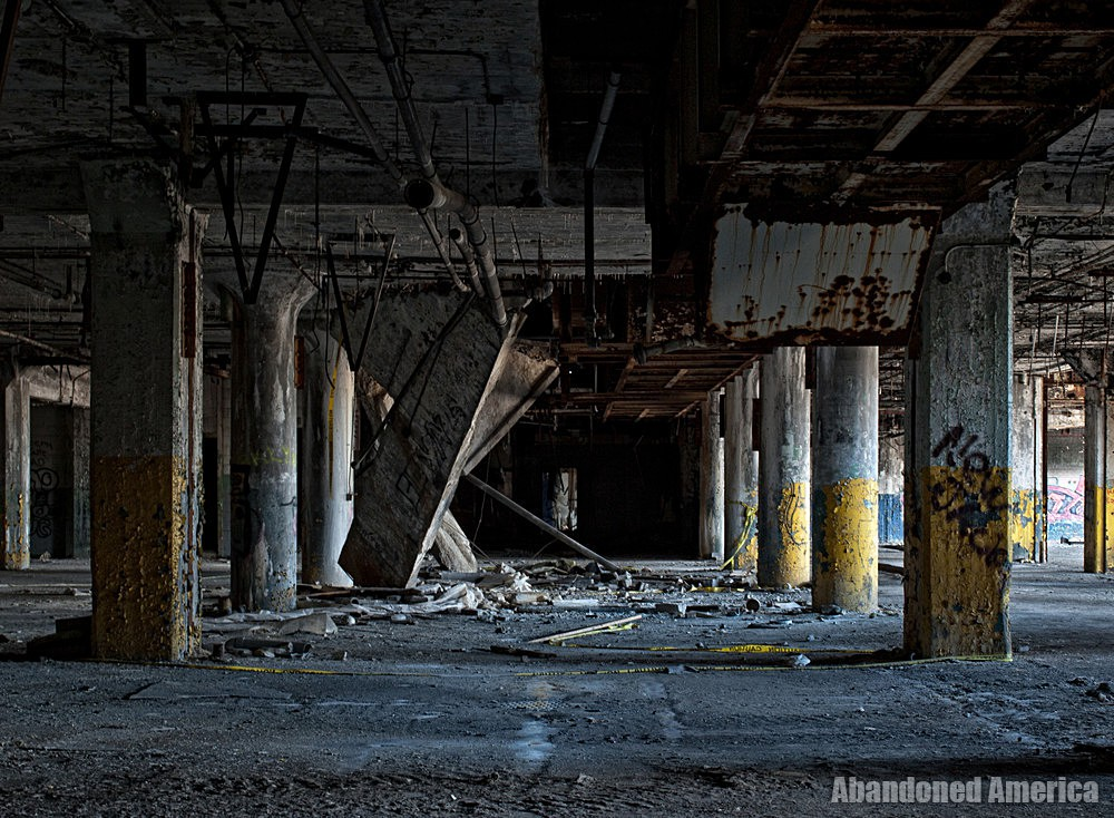 Fisher Body Plant 21 (Detroit, PA) | Concrete Collapse - Fisher Body Plant 21