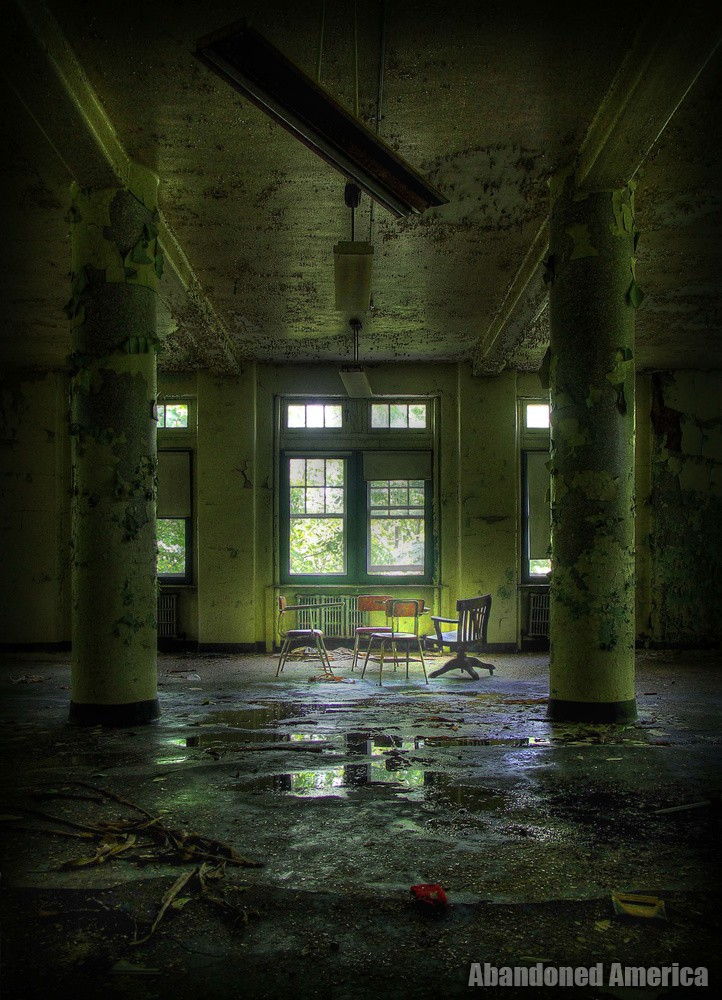 La Vida Es Sueno: The Downfall of Pennhurst State School and Hospital