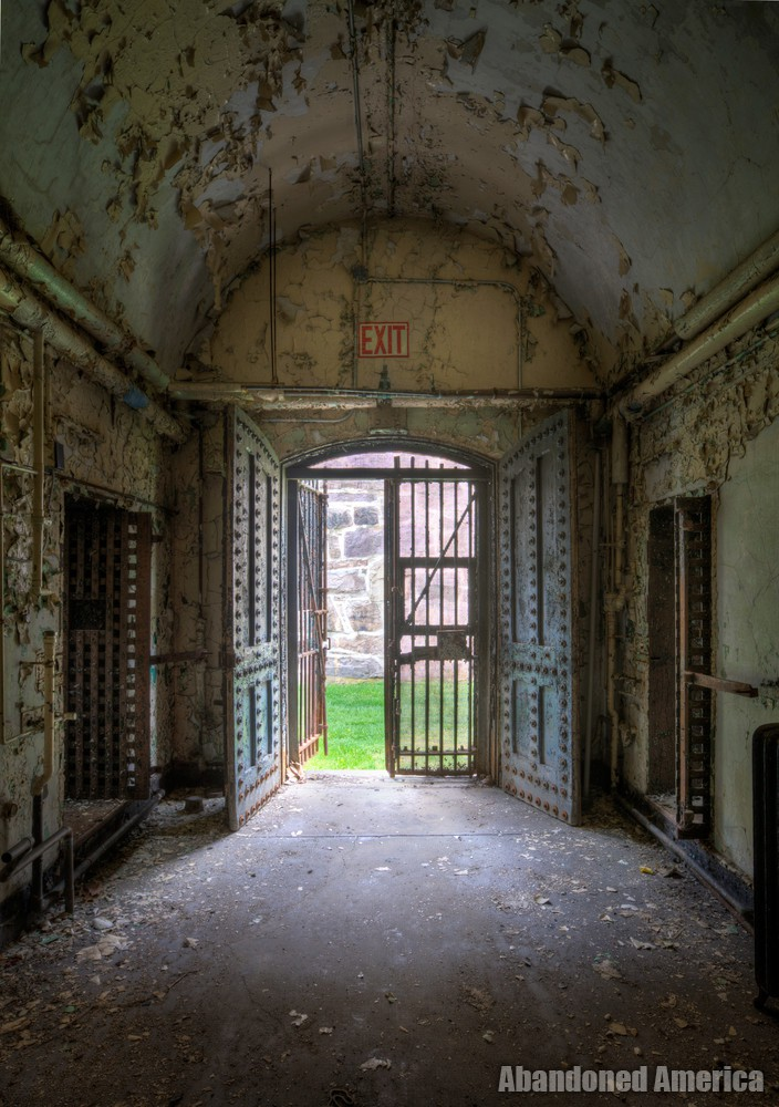 End of cell block, Holmesburg Prison, Philadelphia PA | Abandoned America by Matthew Christopher