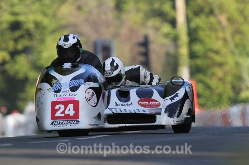 IMG_5516 - Thursday Practice - TT 2013 Side Car
