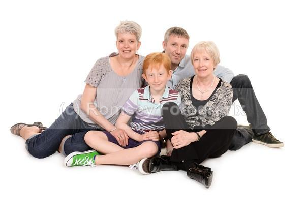 de 11 - FAMILIES