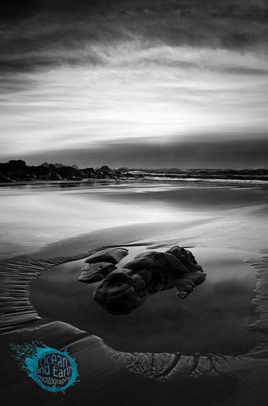 Low Tide - Black and White