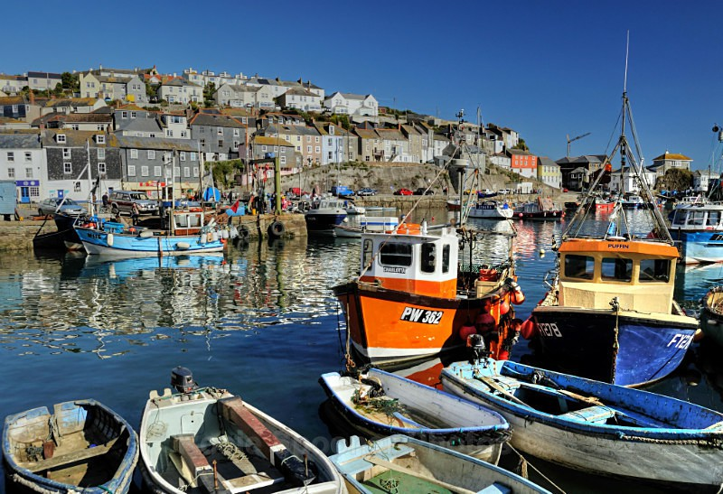 CW01 Colourful boats Mevagissey - GREETINGS CARDS - Cornwall Misc