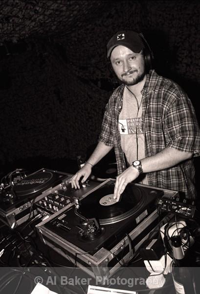 40 dj vadim - Sub Tub @ music box 02.06.02