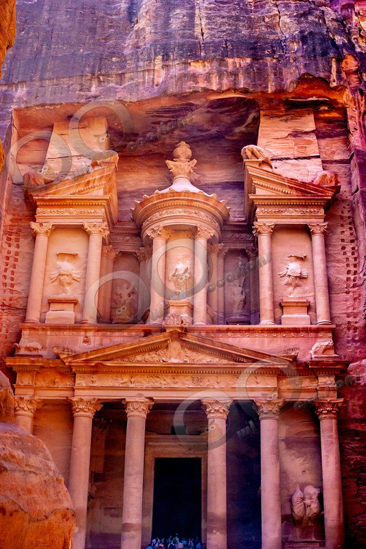 Petra 0106 - World images