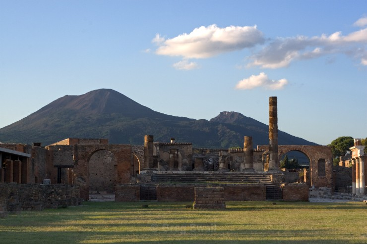 Pompeii and Vesuvius - Sardinia and the Amalfi Coast