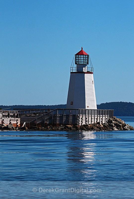 Pendlebury  Lighthouse, Saint Andrews New Brunswick - Lighthouses of New Brunswick