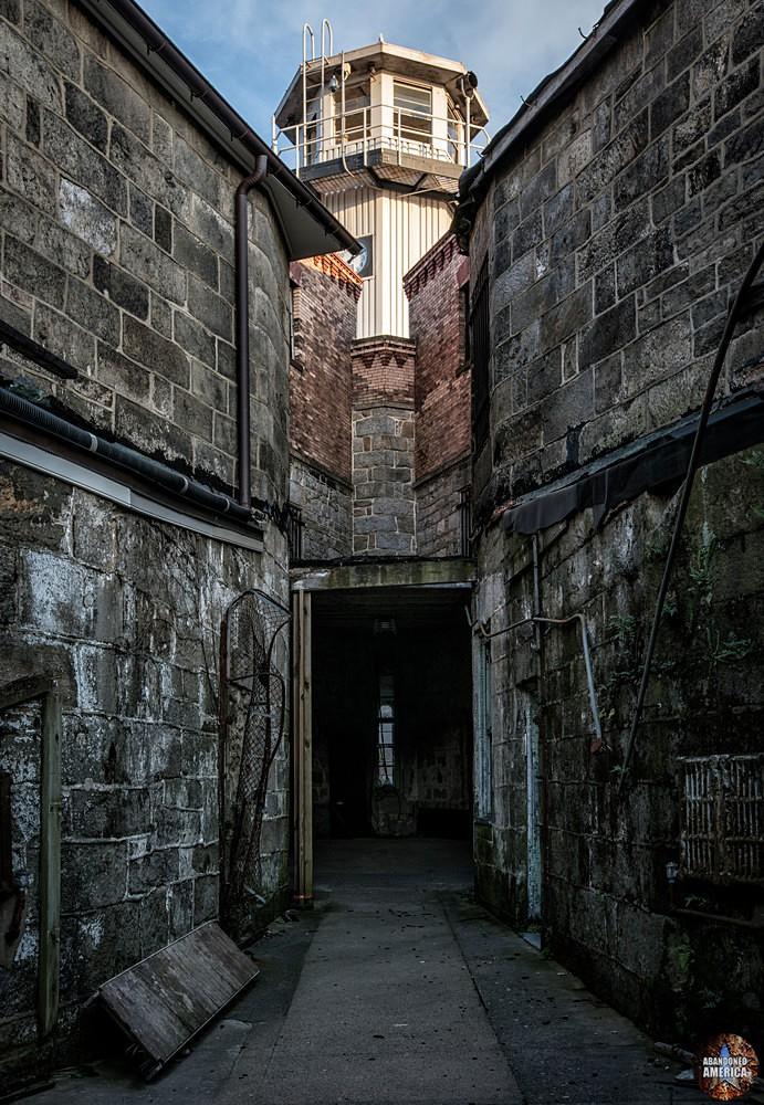 Eastern State Penitentiary (Philadelphia, PA) | Guard Tower - Eastern State Penitentiary