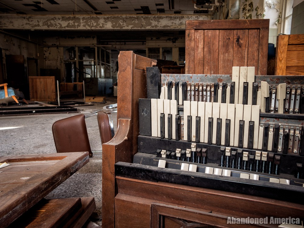 The Rosewood Center (Owings Mills, MD) | Smashed Organ - The Rosewood Center
