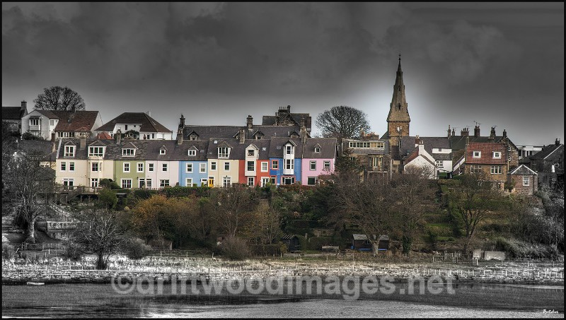 Alnmouth view from river comp resized - High Dynamic Range pictures