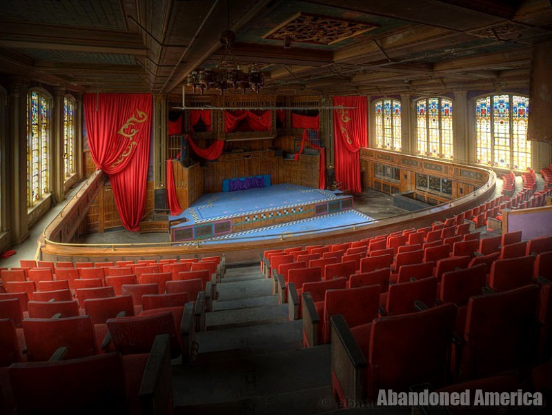 Abandoned Theater - Matthew Christopher's Abandoned America