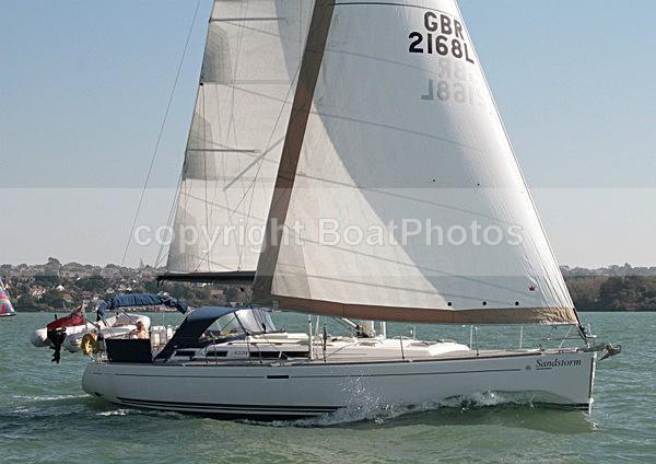 111001 SANDSTORM GBR2168L IMG_1560 - Sailboats - monohull