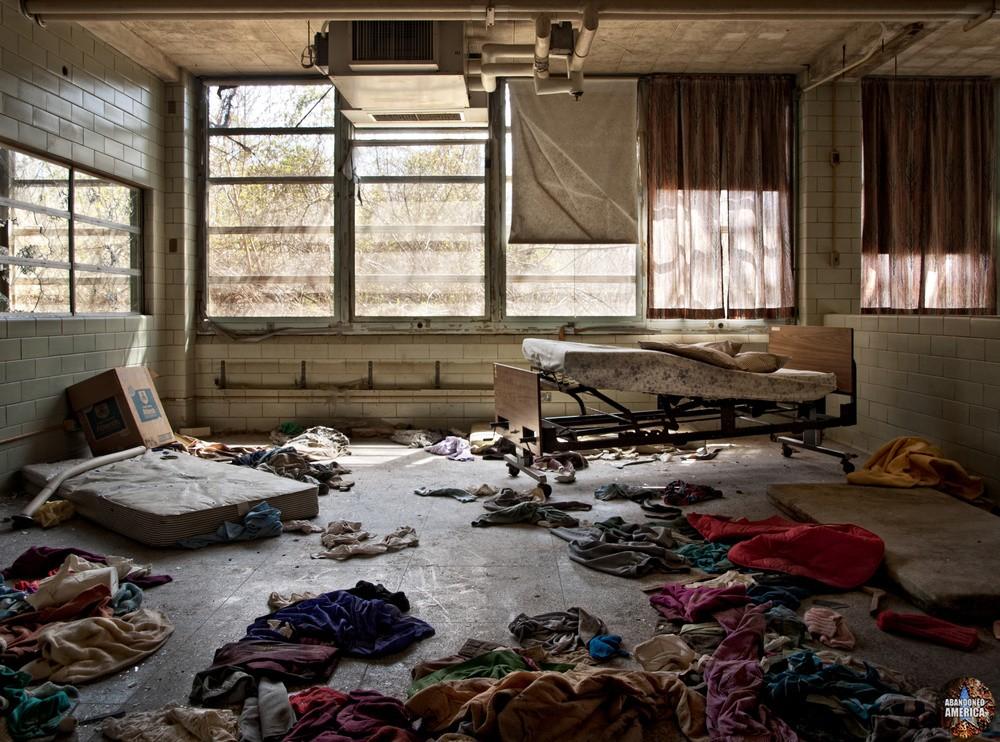 Pennhurst State School (Spring City, PA)   Patient Clothes - Pennhurst State School and Hospital