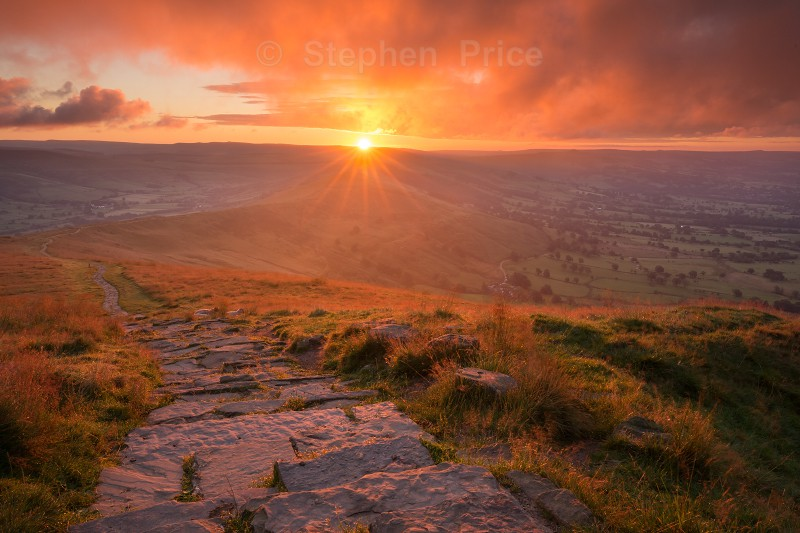 Sunrise over Great Ridge | Mam Tor Peak District Sunrise