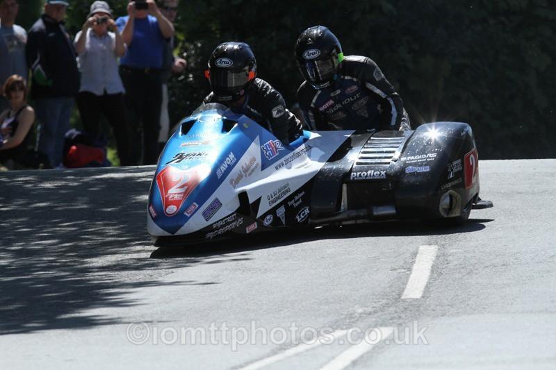 IMG_2283 - Sidecar Race 2 - TT 2013