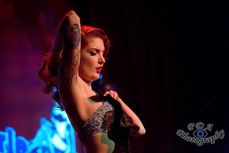 46 Millie Dollar in Burlesque Show Born to be Wild