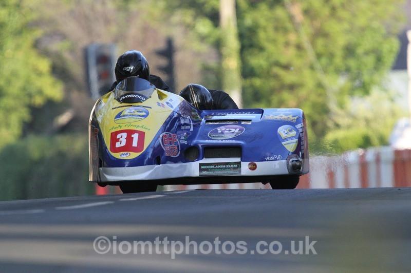 IMG_5537 - Thursday Practice - TT 2013 Side Car