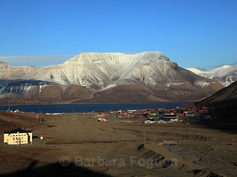 Longyearbyen 6376 - Summer time