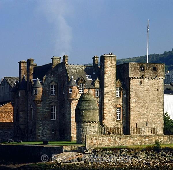 Newark Castle, Port Glasgow. - Scotlands Castles