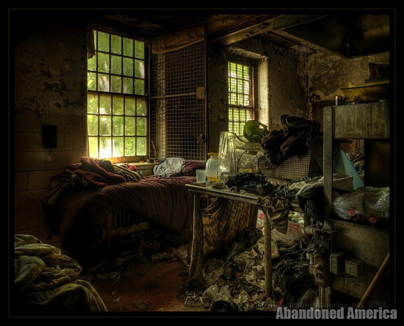 Abandoned State Hospital - Matthew Christopher's Abandoned America