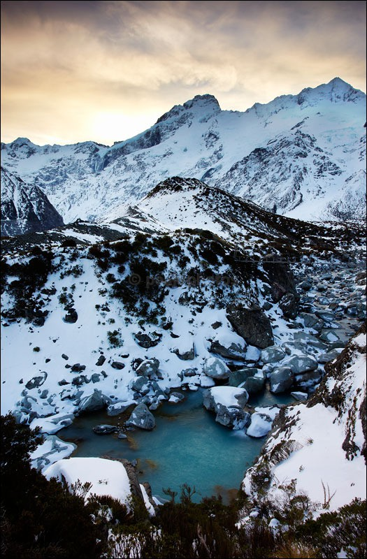 Mount Cook from Hooker River - Photographs of New Zealand