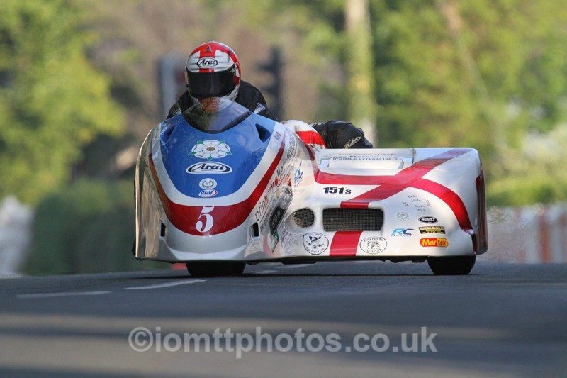 IMG_5440 - Thursday Practice - TT 2013 Side Car