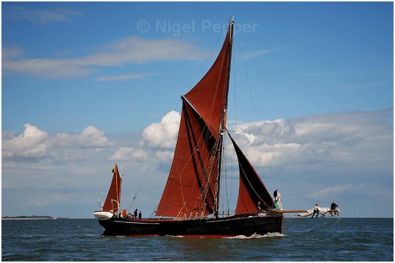 SB Adieu ( 2 ) - The Thames Barge Match