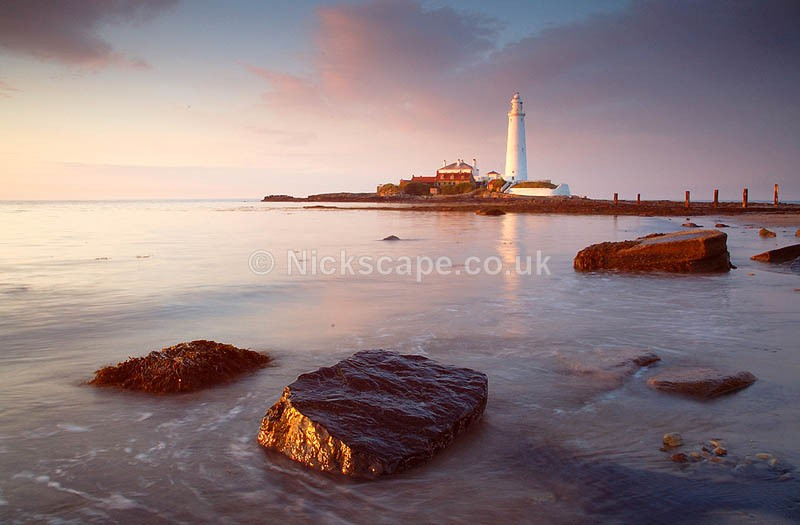 Sunset at St Marys Lighthouse | North East Landscape Photography