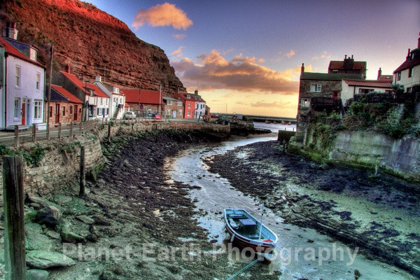 Staithes 2 - HDR Photography