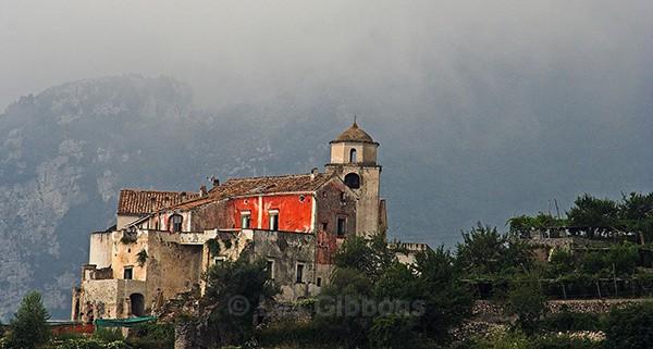 Ravello misty building - Amalfi Coast