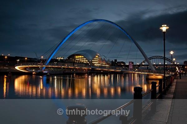 Millennium Bridge - Low Light Photography
