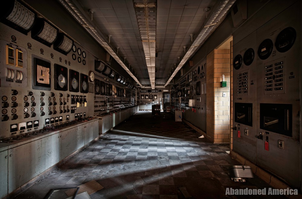Frank R. Phillips Power Station (South Heights, PA) | Darkened - Frank R. Phillips Power Station