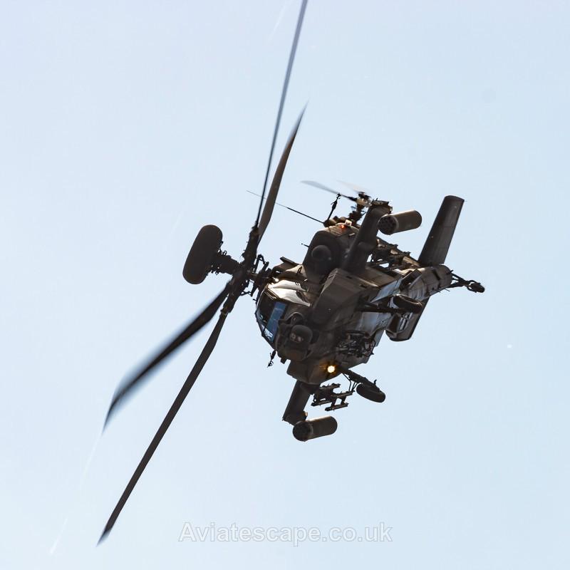 Apache Attitude_1034 - Rotary Wings