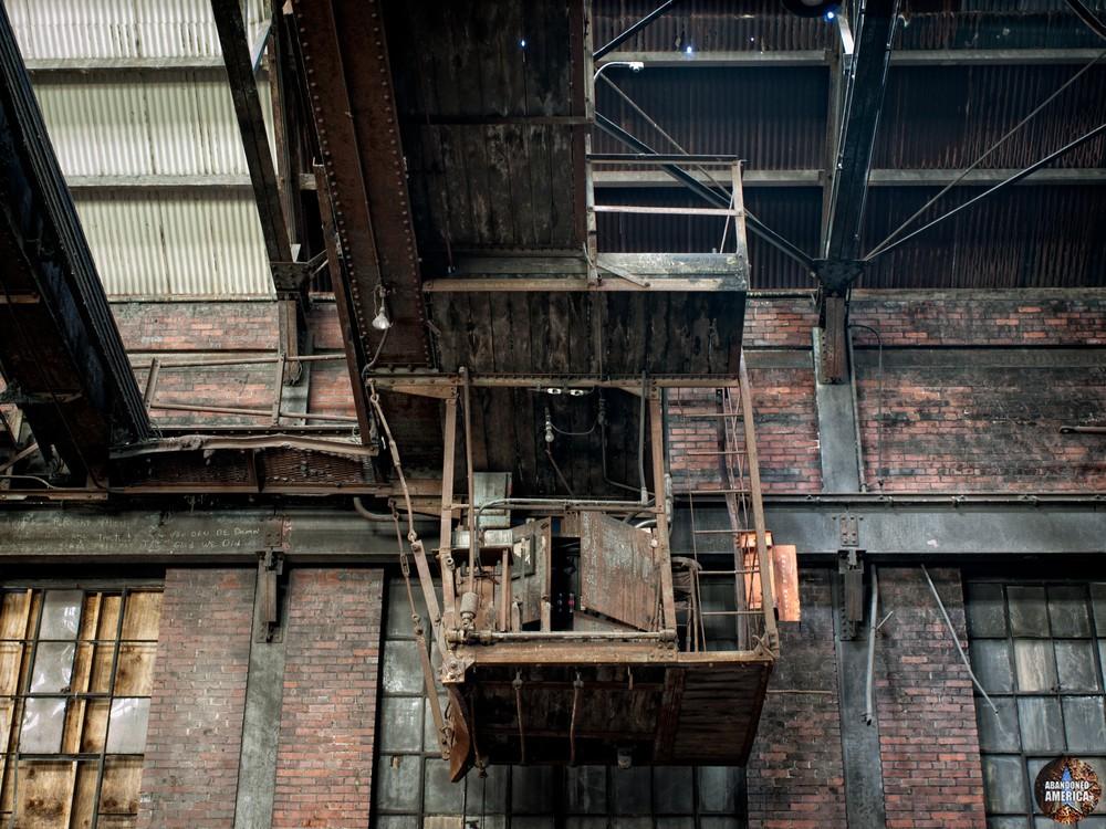 New Jersey Zinc (Palmerton, PA)   Overhead Crane - New Jersey Zinc