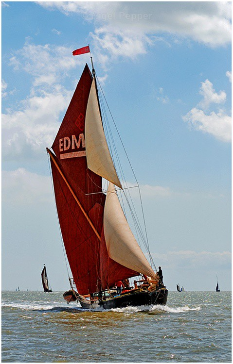 Leading the Way - The Pin Mill Barge Match