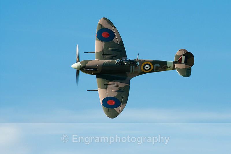Spitfire Flypast-R1230 - Aviation