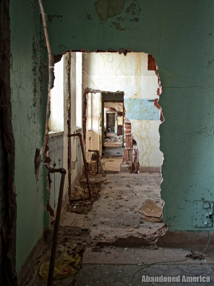 Pilgrim State Hospital (Brentwood, NY) | Scrapping Scars - Pilgrim State Hospital