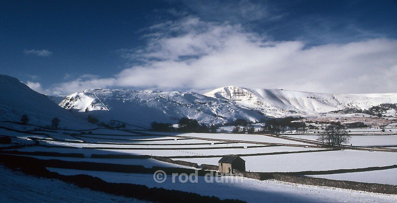 Winnats Pass and Mam Tor - Peak District