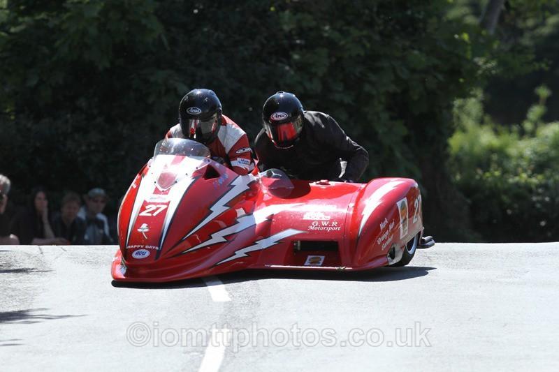 IMG_2376 - Sidecar Race 2 - TT 2013